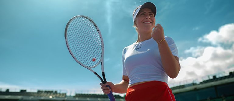 Bianca Andreescu playing tennis